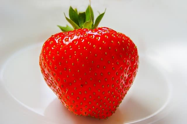 Strawberry Essential and Fragrance Oil Benefits