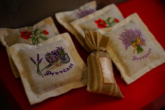 Using lavender pillows for scent